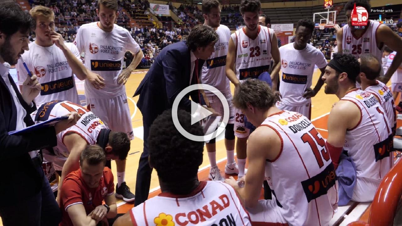 Unieuro Forlì-Treviso Basket -Atmosfera caldissima in campo e sugli spalti-
